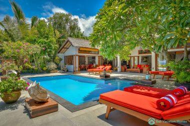 beach front rental bali villa kamboja