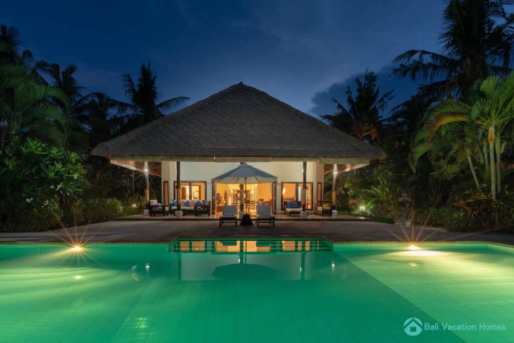 villa-akasa-segara-bali-vacation-homes_022_resize