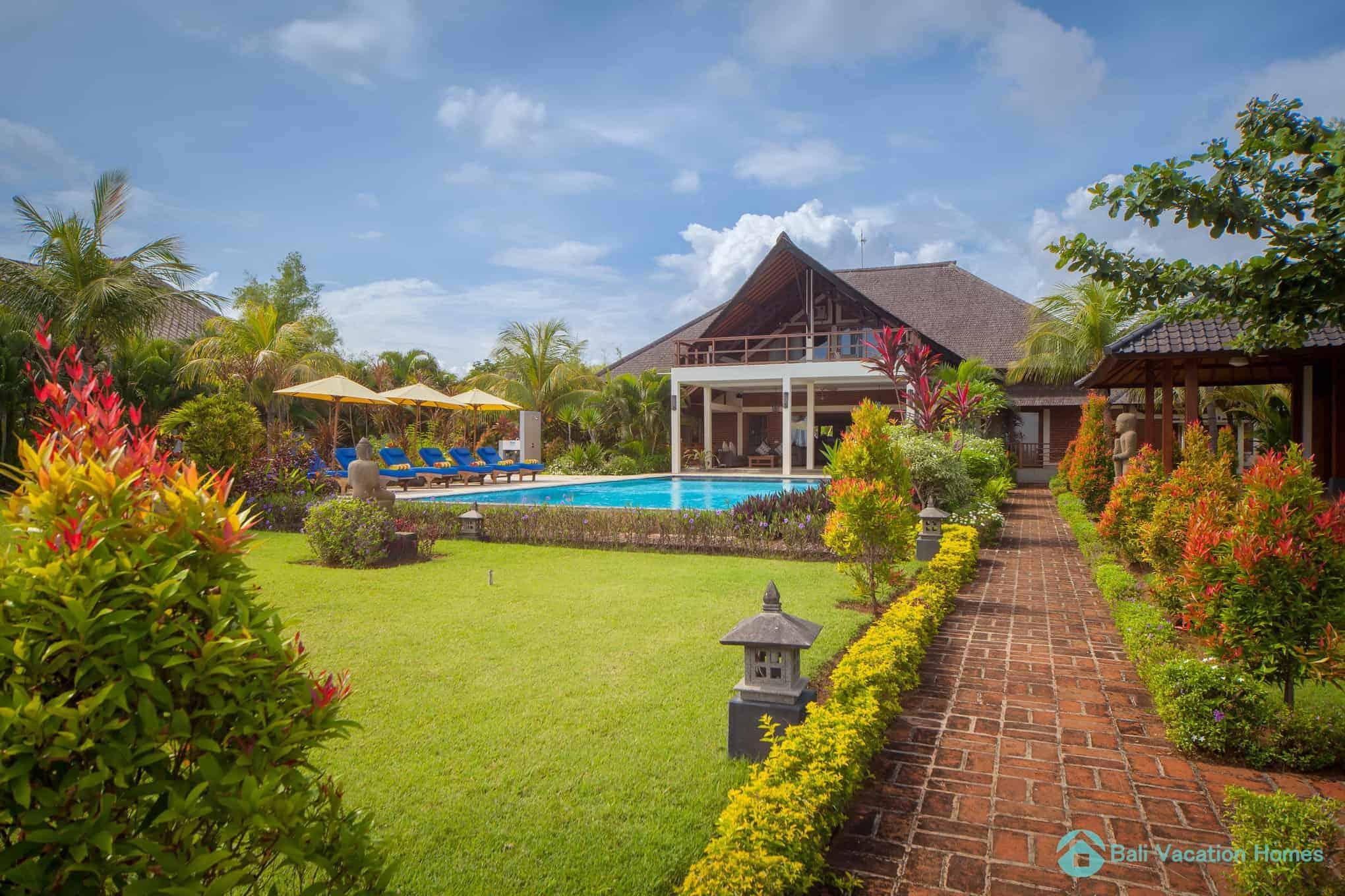 villa-lumba-lumba-bali-vacation-homes-001_2