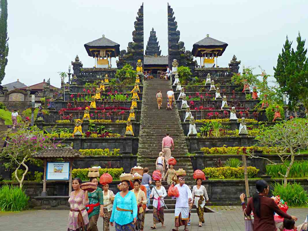 besakih-temple-1