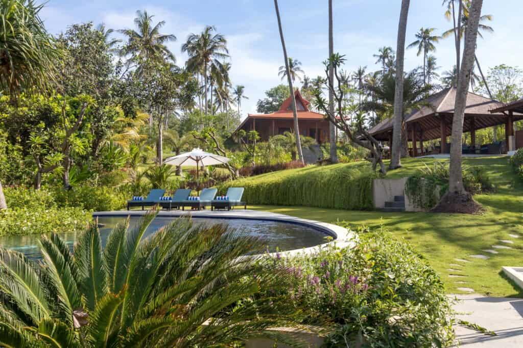 villa-ronggo-mayang-garden-01-bali-vacation-homes-01